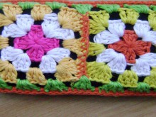 crochet colorful phone bag with granny squares tutorial