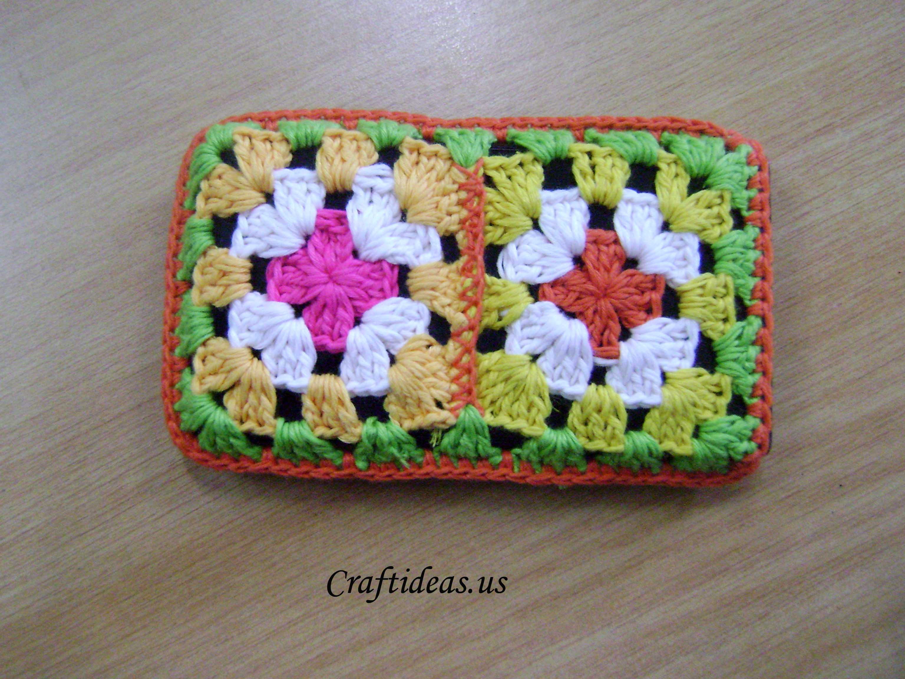 Crochet phone bag