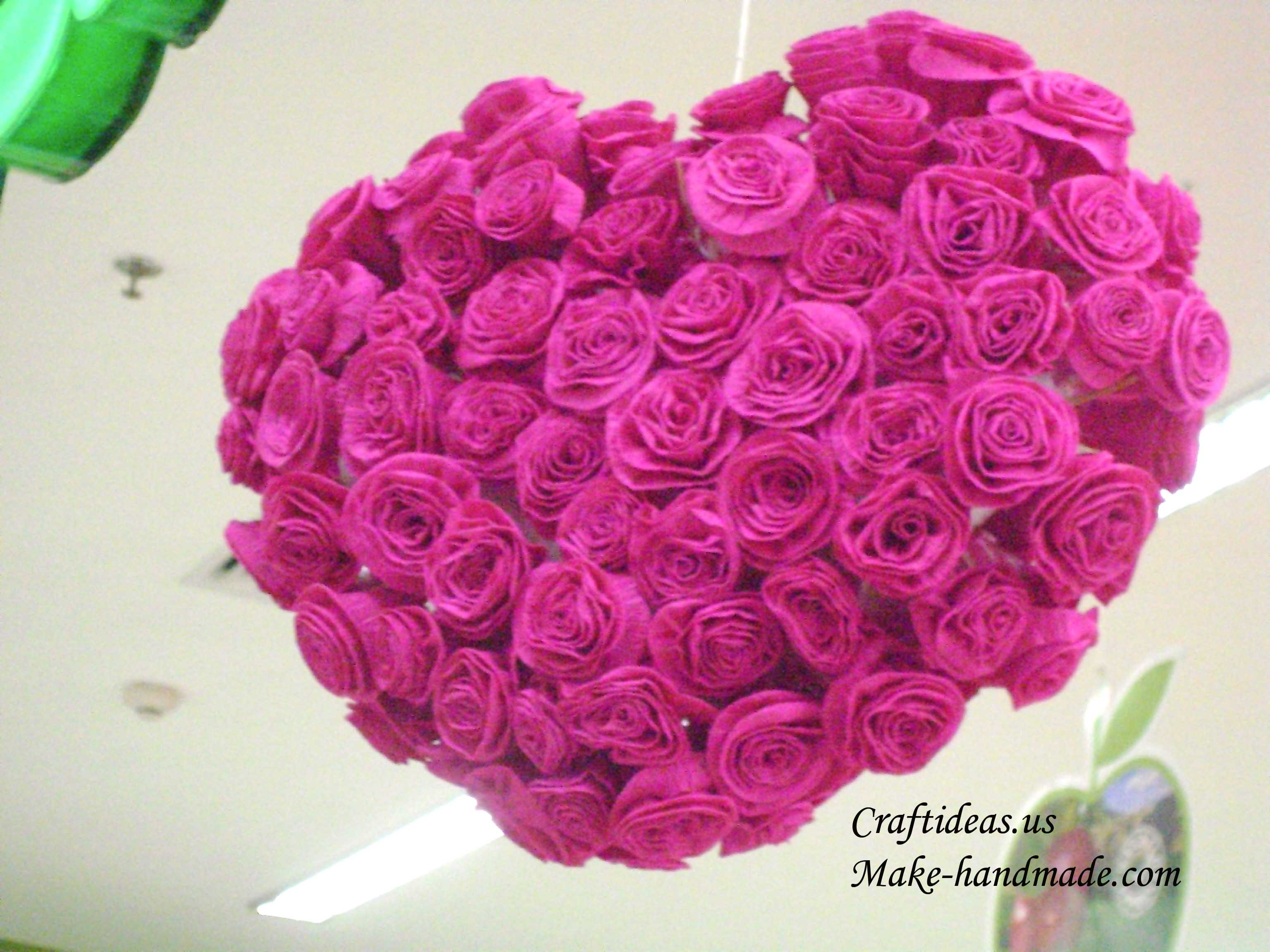 Making Easy Paper Roses For Heart Gifts