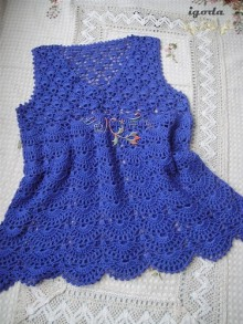 crochet beautiful blouse and dress for mum and kids