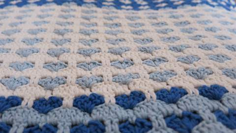 Crochet Heart Blanket Pattern | Free Patterns For Crochet