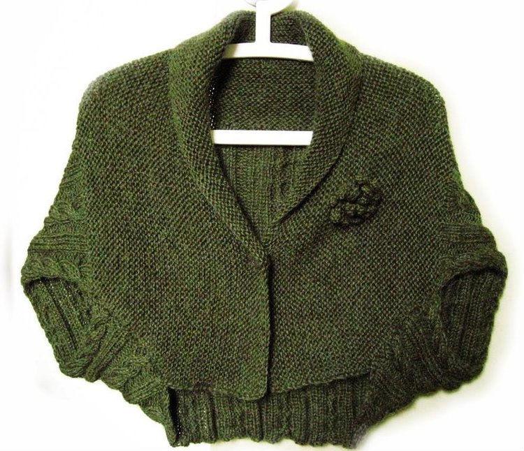 Knitting Pattern For Blanket Poncho : Poncho crafts