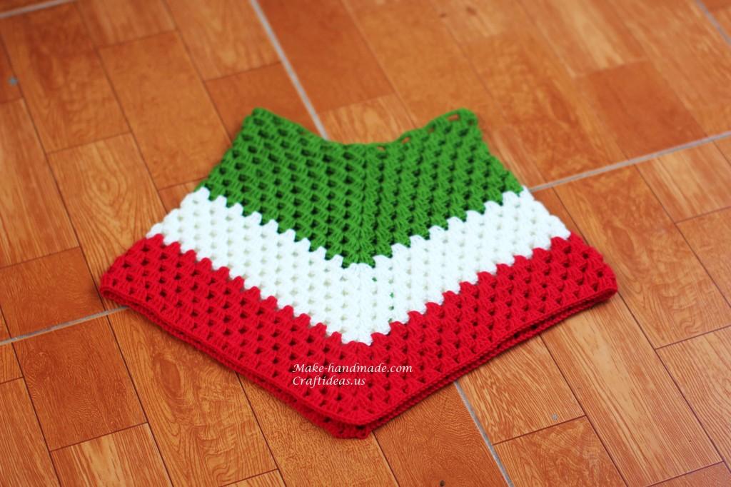 Crochet Chirstmas poncho