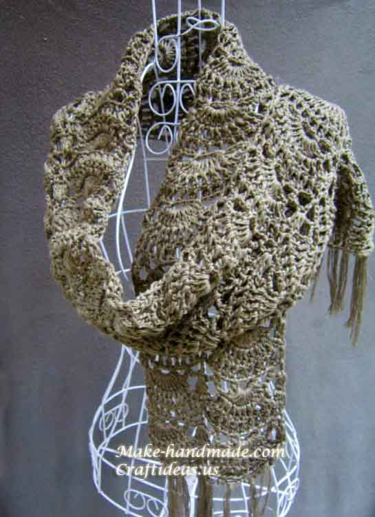 Crochet charming ladies scarf