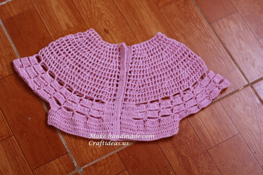 Crochet lace baby bolero