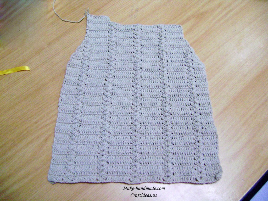 crochet back part of baby gilet