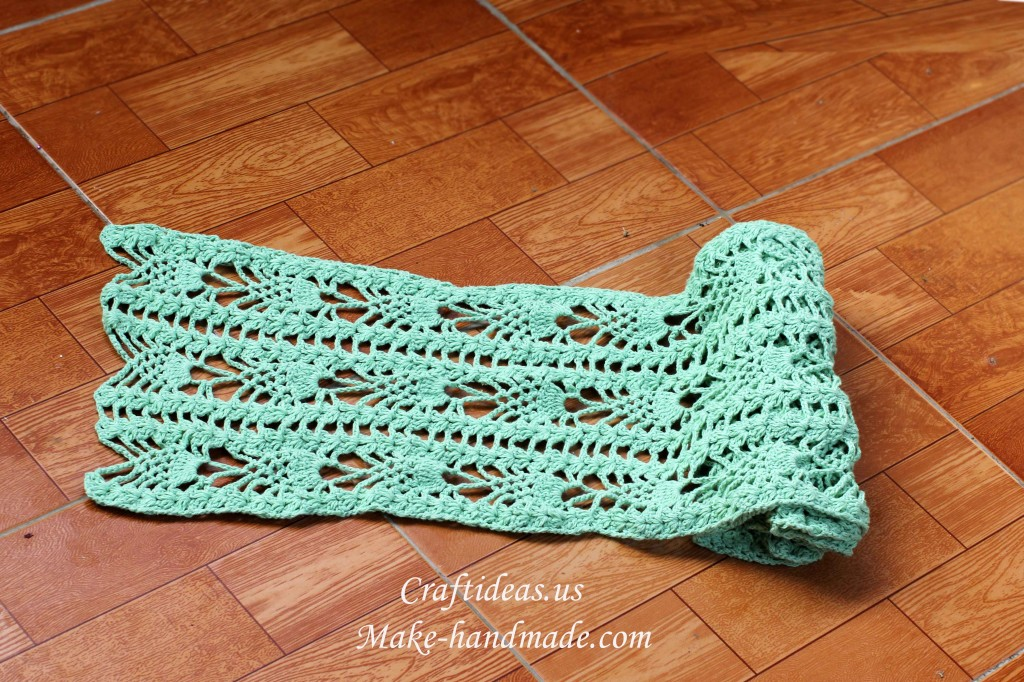 crochet lace pineapple scarf