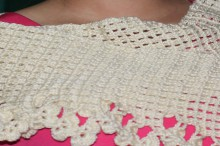 crochet flowers border scarf for women