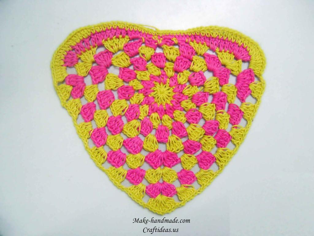 crochet heart diskclothe