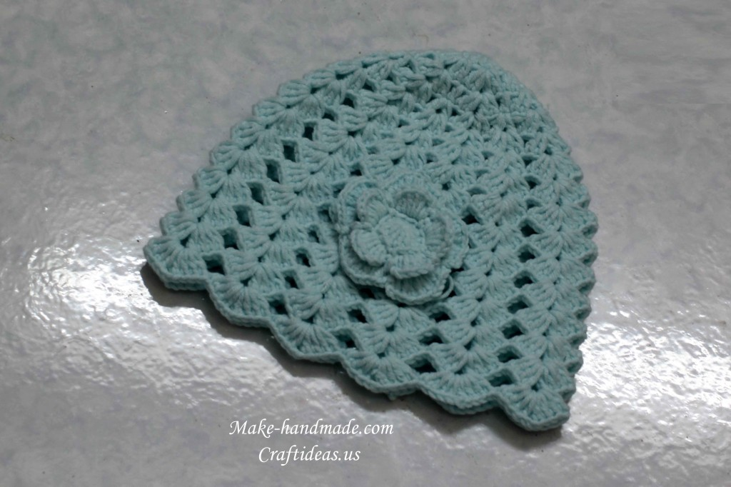 crochet shell baby hat