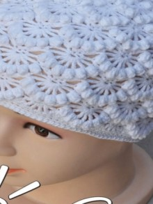 crochet flower and cable hat