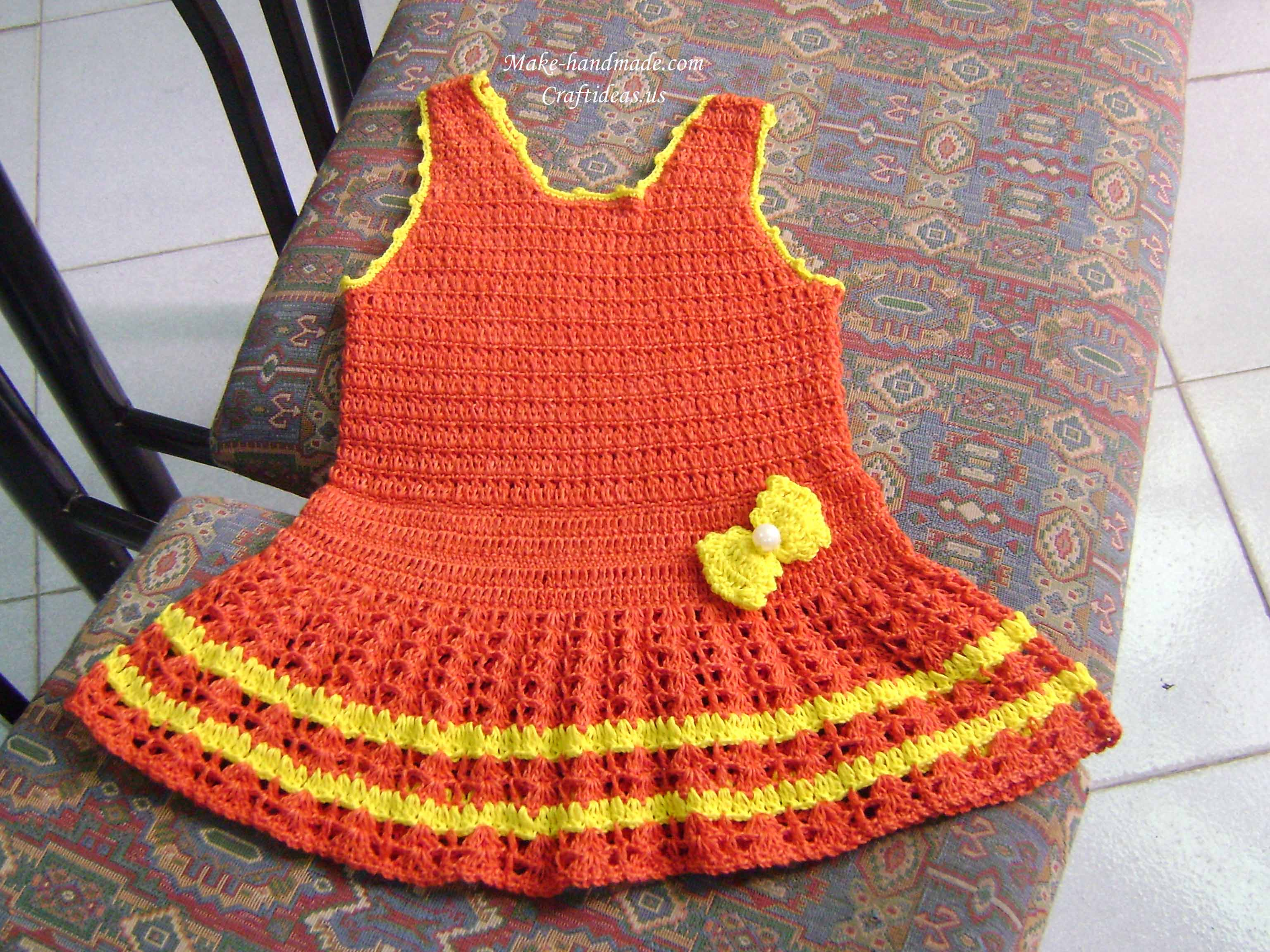 crochet baby dress with bow
