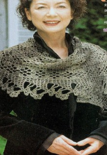crochet beauty scarf and tolve for ladies
