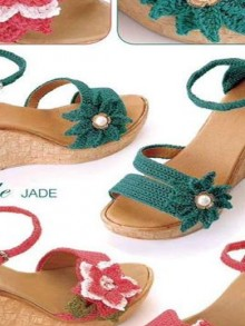 crochet for summer: so beauty handmade flower sandals for beach