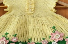crochet charming baby dress with flowers